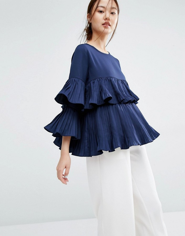 ruffled Zacro top