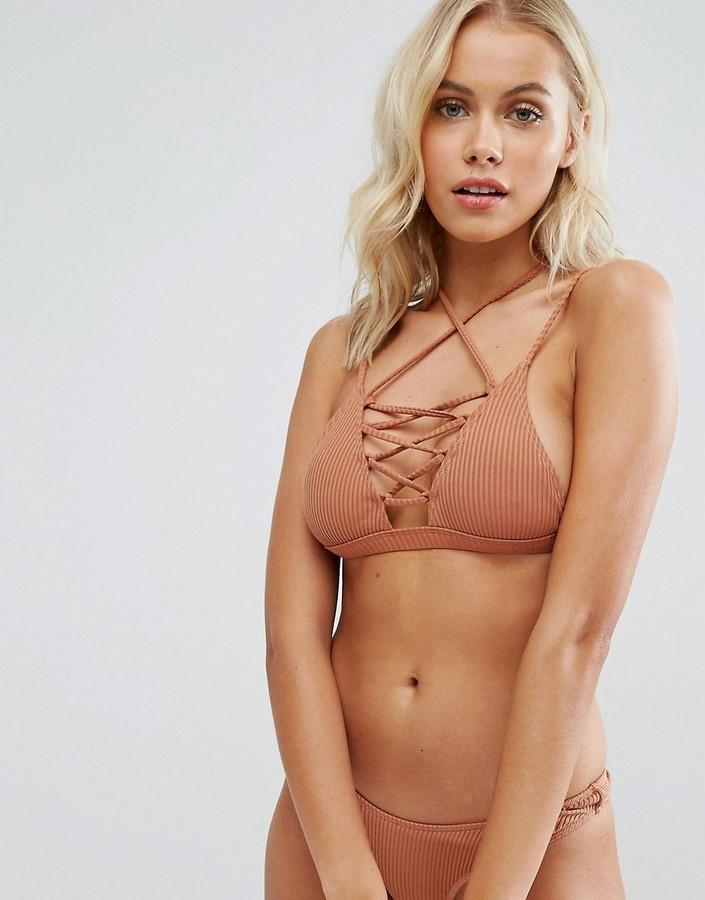 Minimale Animale Lace Up Bikini Top