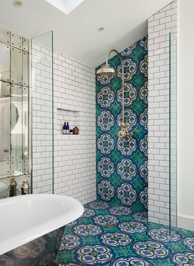 Bathroom tiles that colour up the decor